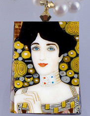 Hand Painted Russian Adele Bloch-Bauer by Klimt Pendant Pearl Necklace