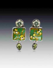 Amy kahn Russell Peridot Vintage Glass Flower Sterling Clip/Post Earrings