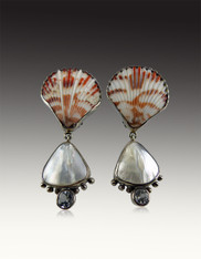 Echo of the Dreamer Shell, Pearl, White Topaz Clip Earrings