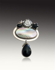 Amy Kahn Russell Sterling Oval Blister Pearl and Black Onyx Pin/Pendant