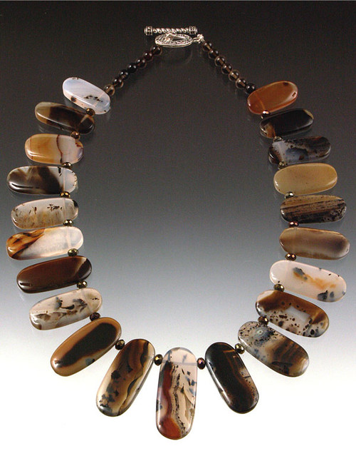 """A lustrous montana agate collar. Perfect for you at a great price. 19"""""""