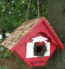 Christmas Wren Cottage- Removable Wreath Detail