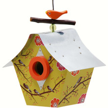 Retro Bird House Musical Birds