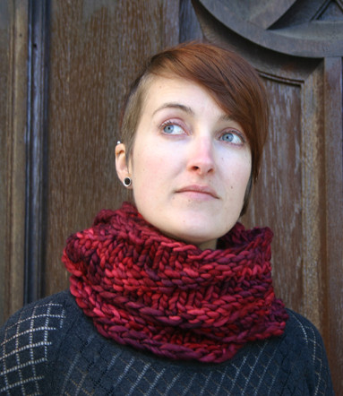 Kira K Designs Looped Cowl