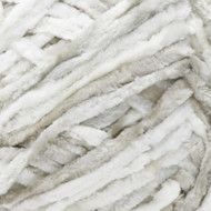 Bernat White Crushed Velvet Yarn (5 - Bulky)