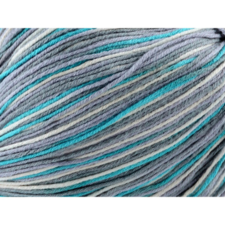 Universal Yarn Frosty Morn Bamboo Pop Yarn (3 - Light)
