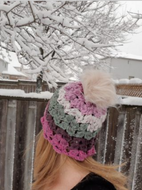 Free Pattern: Pretty Petals Hat by 3GingerBeez.com