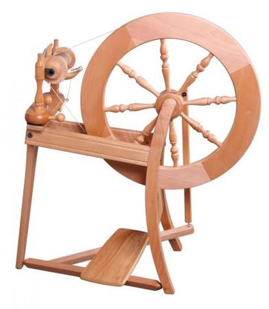 Ashford Traditional Single Drive Spinning Wheel