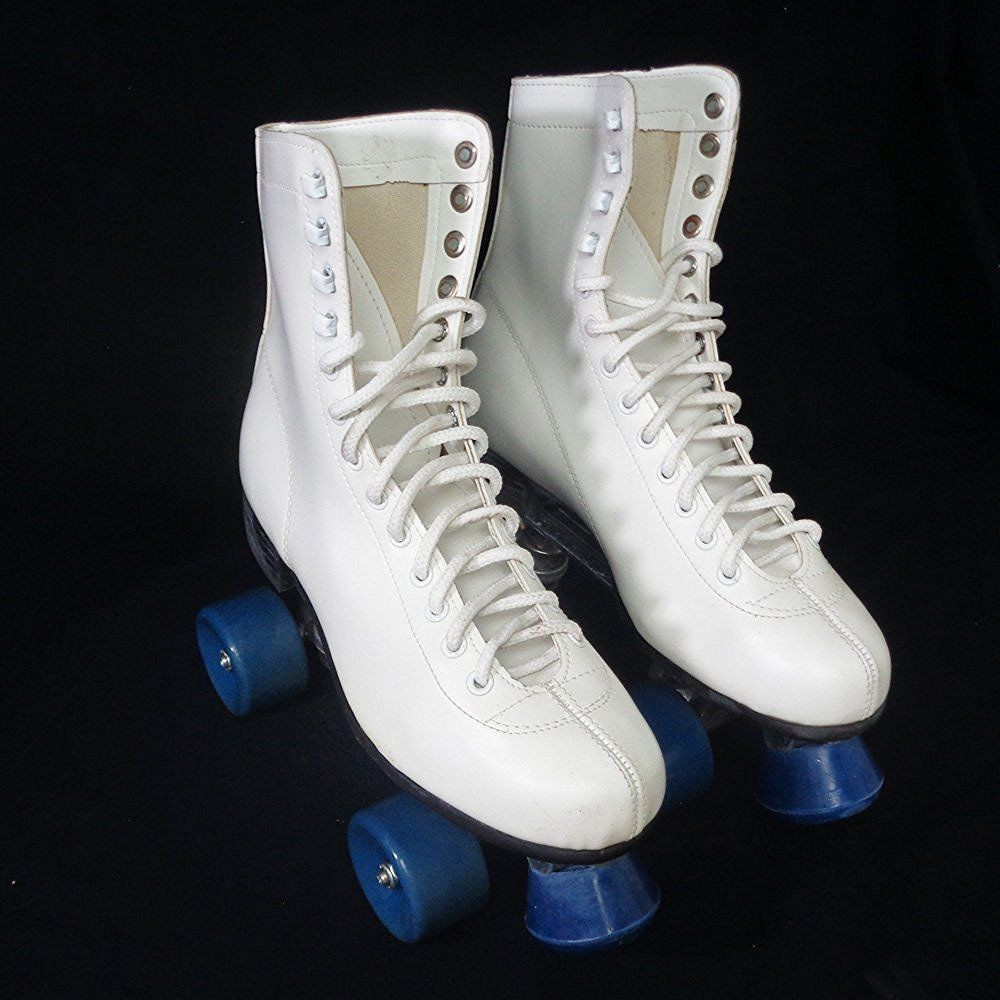 36d3d04a2ec5c Tall White Leather Vintage Roller Skates   Free Shipping