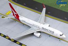GeminiJets Qantas Boeing 737-800W VH-VZI New Livery 1/200 G2QFA878