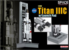 Dragon Space Titan IIIC w/Launch Pad - 1/400 DW56228