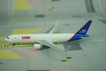 Phoenix TAM Cargo Boeing 767-300ER 'Winglets' 1/400