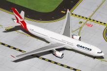 GeminiJets Qantas Airbus A330-300 1/400