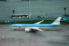 Phoenix KLM Airbus A330-300 '95 years' 1/400