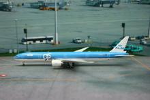 Phoenix KLM Boeing 777-300ER '95 years' 1/400