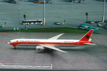 Phoenix TAAG Angola Airlines Boeing 777-300ER 1/400