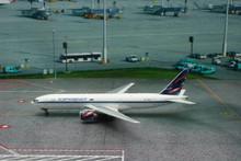 Phoenix Aeroflot Boeing 777-200 1/400