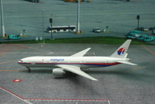 Phoenix Malaysia Airlines Boeing 777-200 '50 Jubilee' 1/400