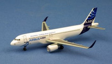 Dragon Wings Airbus A320 w/Sharklet 1/400