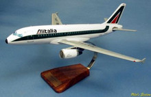 Pilot's Station Alitalia Airbus A319-100 1/79