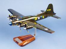 "Pilot's Station USAAF B-17F Flying Fortress ""Memphis Belle"" 1/55"
