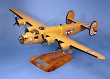 "Pilot's Station USAAF B-24D Liberator ""Strawberry Bitch"" 1/55"