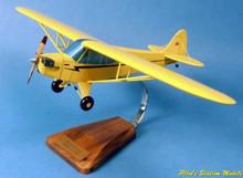 Pilot's Station Piper J.3 Cub 1/19