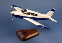 Pilot's Station Piper PA-28 Arrow' 1/24