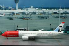 "Phoenix Norwegian.com Boeing 787-9 ""Greta Garbo"" 1/200 EI-LNI"