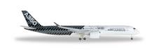 "Herpa Airbus A350-900 XWB ""Carbon color scheme"" 1/500"