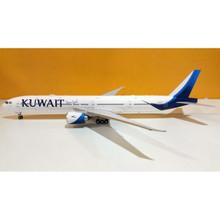 Phoenix Kuwait Airways Boeing 777-300ER 9K-AOC 1/200