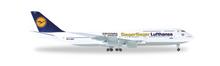 """Herpa Lufthansa Boeing 747-8 Intercontinental """"Siegerflieger Olympia Rio 2016"""" 1/500"""
