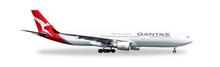 "Herpa Qantas Airbus A330-300 ""New 2016 Livery"" VH-QPJ 1/500"
