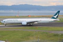 Phoenix Boeing 777-300 B-HNK 1/200