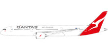 Herpa Qantas Boeing 787-9 Dreamliner - new colors VH-ZNA 1/200
