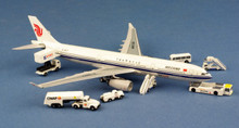 Aeroclassics Air China Airbus A330-300 B-5977 + GSE 1/400