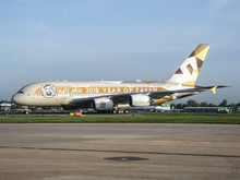 Phoenix Etihad Airways Airbus A380 A6-APH Year of Zayed 2018 1/400