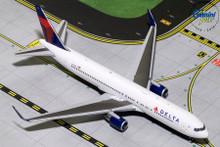 GeminiJets Delta Boeing 767-300ER(W) N173DZ 1/400 GJDAL1732