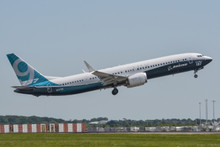 JC Wings Boeing 737-9 Max House Color N7379E 1/400