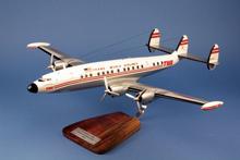 Pilot Station TWA Lockheed L1049 Super G N7102C 1/72