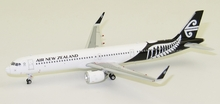Phoenix Air New Zealand Airbus A321Neo ZK-NNB 1/400
