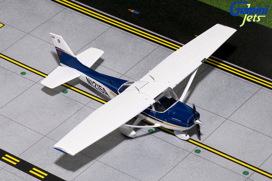 GeminiJets Cessna 172 (Sporty Flight School #4) N1215A 1/72