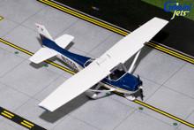 GeminiJets Cessna 172 (Sporty Flight School #4) N1215A 1/72 GGCES007