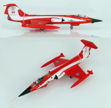 HobbyMaster CF-104 Starfigher Coke Bottle 421 Sqn 1981 1/72