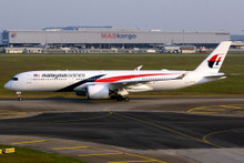 Herpa Malaysia Airlines Airbus A350-900 1/500