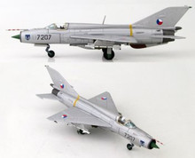 HobbyMaster Czech Air Force Mig 21 PFM Zatec AB 1/72