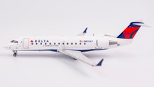 NG Models Delta Connection CRJ-200LR N801AY 1/200 NG52018