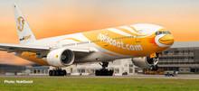 """Herpa NokScoot Boeing 777-200 """"Proud"""" 1/200 612425"""