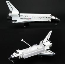 HobbyMaster Space Shuttle Endeavour OV-105 Dec 1998 1/200