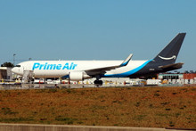 Phoenix Amazon Prime Air Boeing 767-300ER/W N1381A 1/400